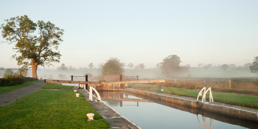 Weekly Canal Holidays from Skipton | Pennine Cruisers