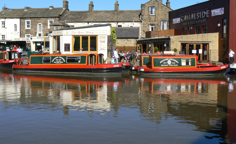 Pennine Cruisers Boats Moored In Skipton