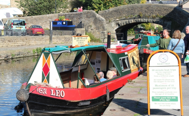 Leo Moored up and ready to tour the countryside Canals