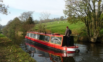 Pennine cruisers - Weekly narrow boat holidays on the Leeds & Liverpool Canal