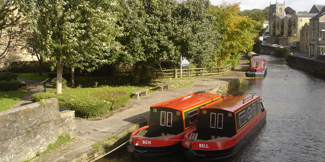 Short Break Narrow Boat Hire | Pennine Cruisers