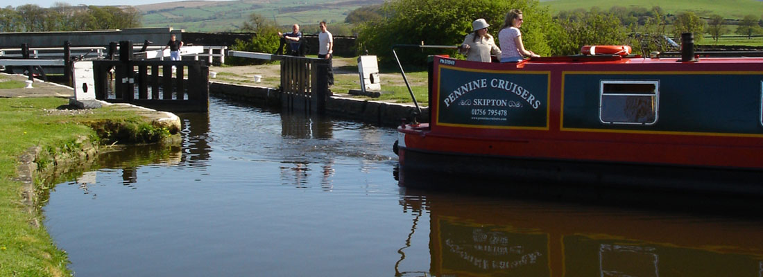 Narrow Boat Holidays - Lock Training