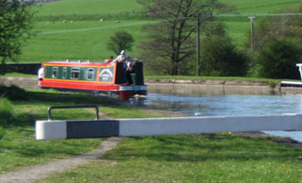 Short Break Canal Holidays from Skipton