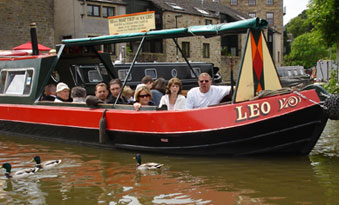 Skippered narrow boat trips from Skipton